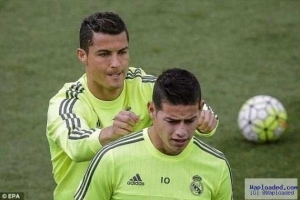 Photos: Cristiano Ronaldo pranks teammate during training